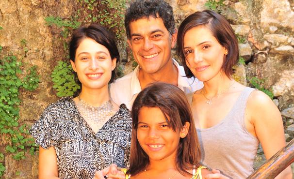 Du Moscovis e elenco de Louco Por Elas (Foto: TV Globo / Divulgação)