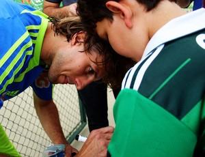 Henrique volta a mostrar bom futebol neste ano (Foto: Anderson Rodrigues / Globoesporte.com)