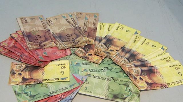 Notas da moeda tucumã (Foto: Amazônia TV)