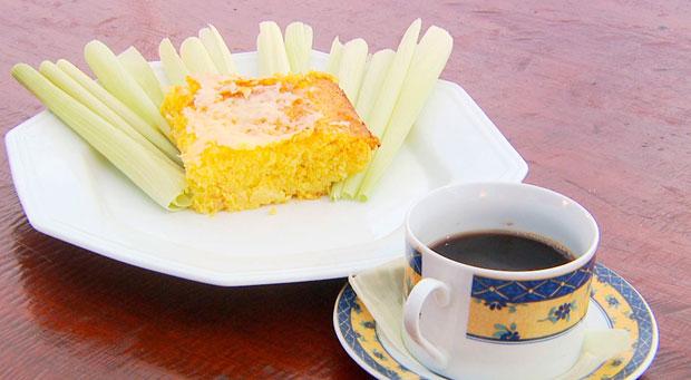 Aprenda uma receita de bolo de milho no quadro 'Hora do Rancho' (Foto: Reprodução)