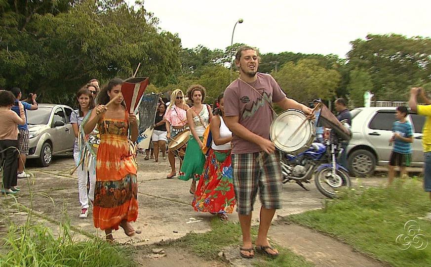 O grupo Maracatu homenageou o dia das águas (Foto: Jornal do Amazonas)