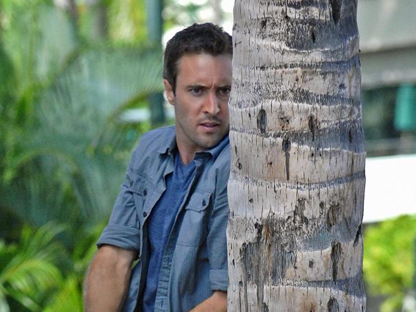 Hawaii Five-0 - McGarrett tenta descobrir os sequestradores de Mary (Foto: Divulgação)