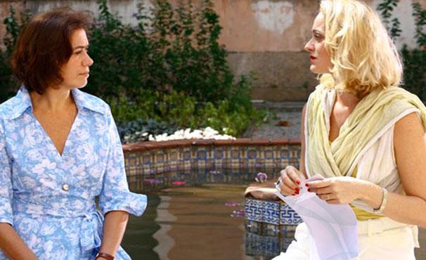 Alexandra Richter e Lília Cabral em 'Divã' (Foto: Divulgação / Reprodução)