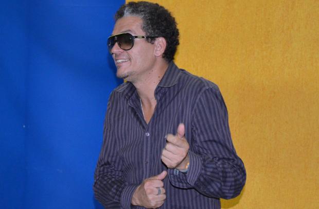 O músico Toninho Laz durante seleção para o 'Se Vira nos 30' na EPTV Campinas. (Foto: Fabiana de Paula / Globo.com)