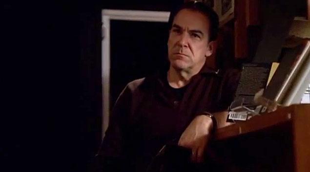 Gideon e o time buscam um assassino em série que não fazia vítimas há 20 anos (Foto: Reprodução)