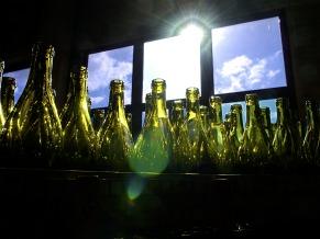 Garrafas de vidro 100% recicláveis (Foto: Divulgação: Lead Comunicação)
