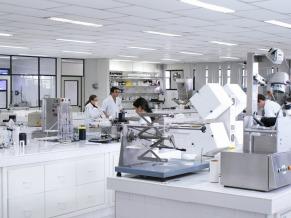 Laboratório da Golden Tecnologia (Foto: Divulgação: Lead Comunicação)