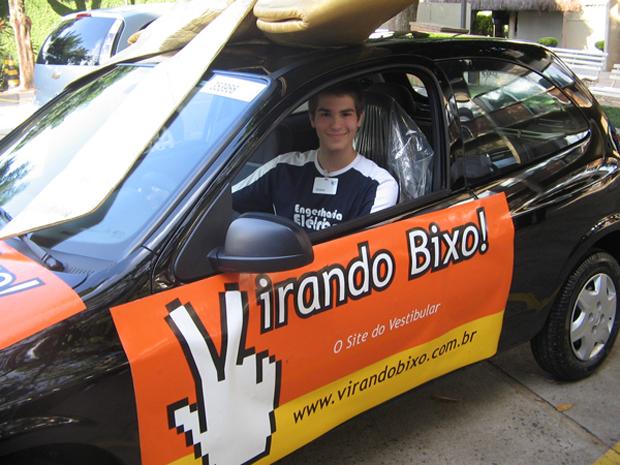 Mateus Corato Zanarella é o campeão entre os vestibulandos do Simulado 2011 do Virando Bixo (Foto: Marcos Paulino / Virando Bixo)