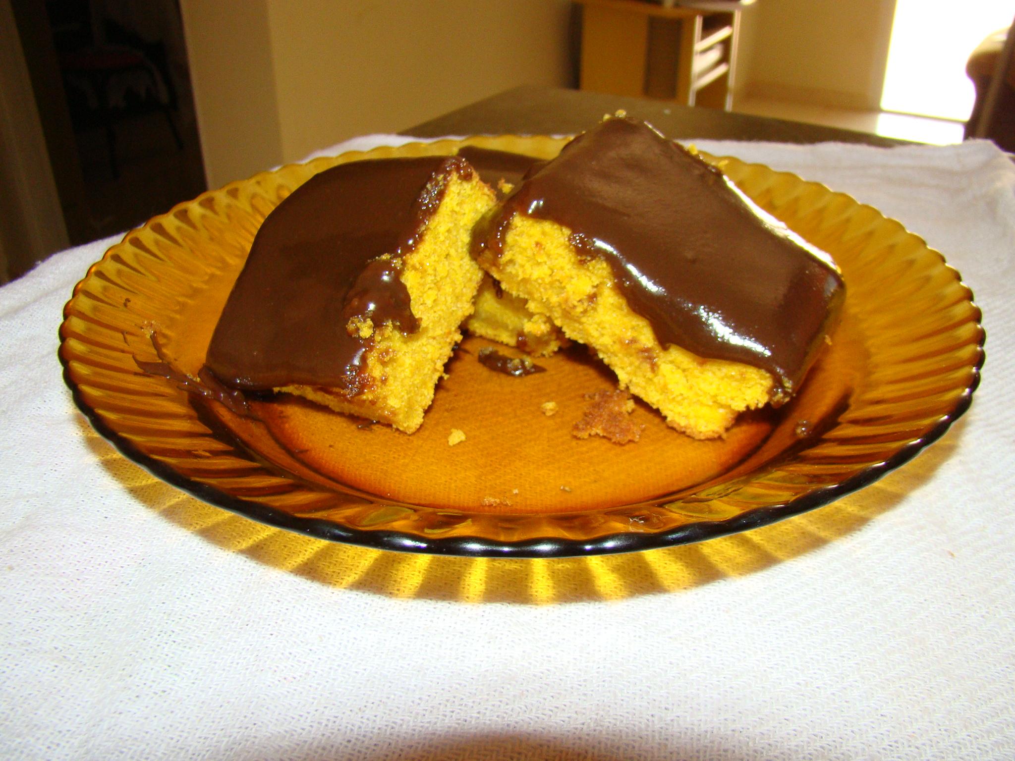 Bolo De Cenoura Com Cobertura De Chocolate Tortas E Bolos