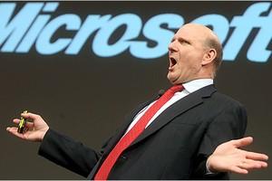 Steve Balmer, presidente da Microsoft, desistiu da briga contra a pirataria? (Foto: Época Negócios)
