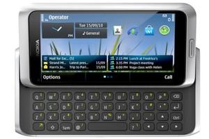 Nokia E7 (Foto: Divulgação)