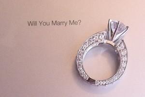 Pedido no iPad mais anel de casamento. (Foto: Divulgação)