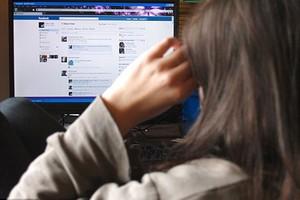 ... 18 meses de prisão por criar perfil falso do ex-namorado no Facebook