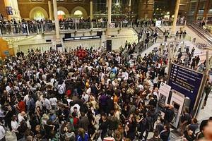 Uma das festas em Londres (Foto: Uma das festas em Londres)