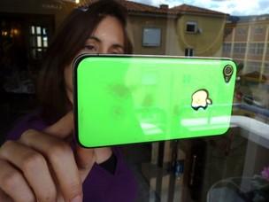 Case de resina permite que iPhone fique grudado em qualquer superfície (Foto: Divulgação) (Foto: Case de resina permite que iPhone fique grudado em qualquer superfície (Foto: Divulgação))