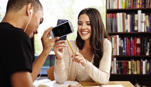 Adolescentes preferem os Galaxys aos iPhones (Foto: Divulgação)