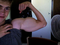 Quem precisa de proteína e anabolizantes se dá para conseguir 80cm de bíceps em segundos? (Foto: Reprodução)