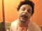 """Atendentes ficam assustados com pegadinha de """"cliente-zumbi"""" (Foto: Reprodução/YouTube)"""