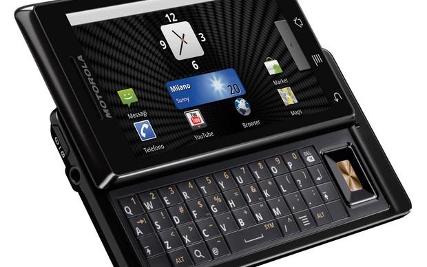 Motorola Milestone (Foto: Divulgação)