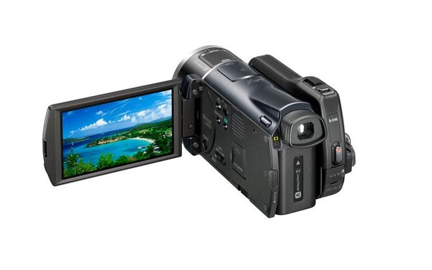 Sony HDR-CX150_002