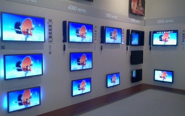 TVs da série 9000, 8000 e 7000 (Foto: Allan Melo / TechTudo)