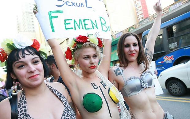 Fotos da Marcha das Vadias (Foto: Folha.com)