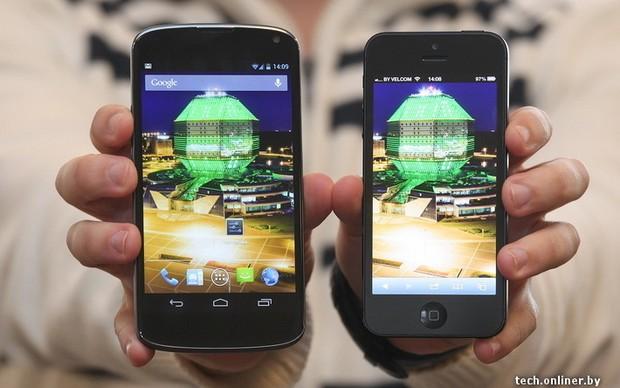 LG Nexus lado a lado com o iPhone 5 (Foto: Reprodução)