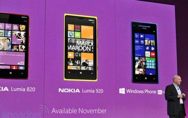 Novos aparelhos com sistema Windows Phone 8 (Foto: Reprodução/Engadget)
