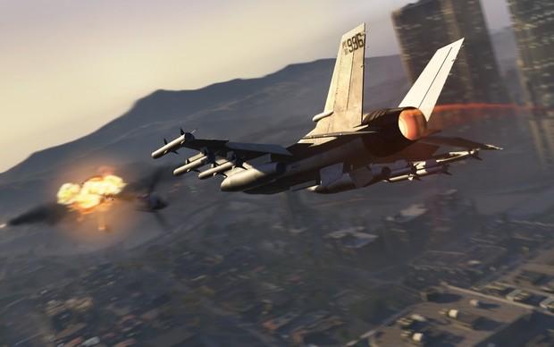 Um caça cruza os céus de Los Santos em GTA 5 (Foto: Divulgação)