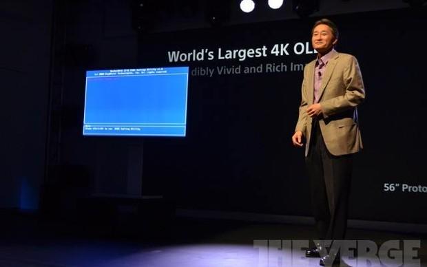 TV OLED 4k de 56 polegadas dá tela de erro em apresentação da Sony (Foto: Reprodução / The Verge)