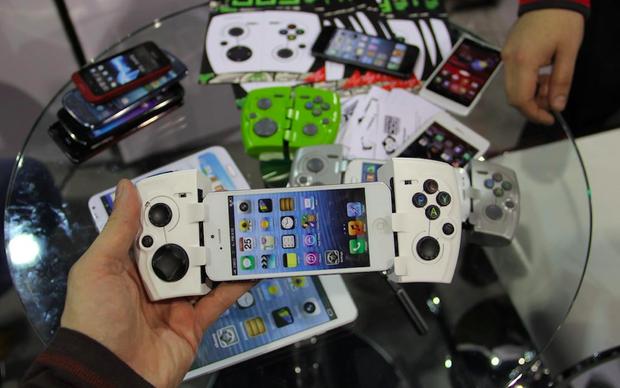 O PhoneJoy atraiu gamers e curiosos na CES 2013  (Foto: TechTudo/Fabricio Vitorino)