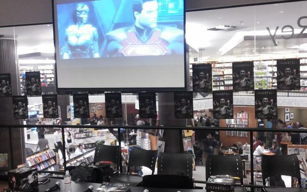 Evento de lançamento de Injustice: Gods Among Us, em São Paulo (Foto: Reprodução / TechTudo)