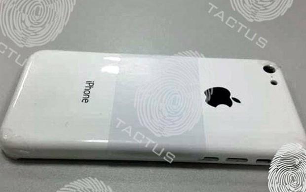 Legenda: A primeira suposta imagem do iPhone de baixo custo apareceu no blog Tactus (Foto: Reprodução/Tactus) (Foto: Legenda: A primeira suposta imagem do iPhone de baixo custo apareceu no blog Tactus (Foto: Reprodução/Tactus))