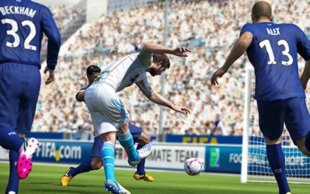 Em Fifa 14 será possível ver nas animações o porquê de um chute dar errado (Foto: Divulgação) (Foto: Em Fifa 14 será possível ver nas animações o porquê de um chute dar errado (Foto: Divulgação))