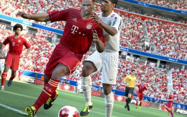 Atacantes poderão usar seu corpo para proteger a bola em PES 2014 (Foto: Divulgação) (Foto: Atacantes poderão usar seu corpo para proteger a bola em PES 2014 (Foto: Divulgação))