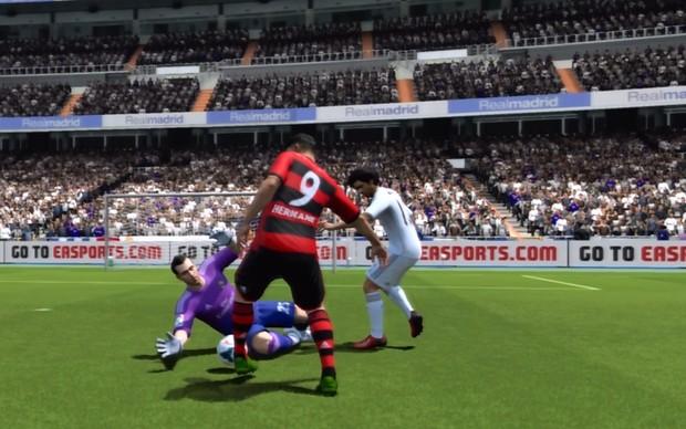 Fifa 14 evoluiu gráficos e jogabilidade (Foto: Reprodução / TechTudo)