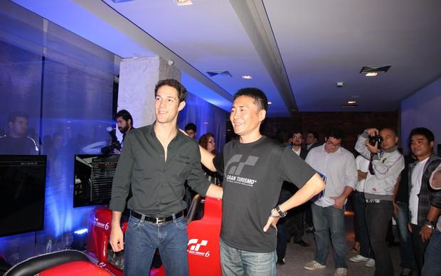 Bruno Senna joga GT6 contra produtor do game na BGS 2013 (Foto: Foto: Diego Borges/ TechTudo)