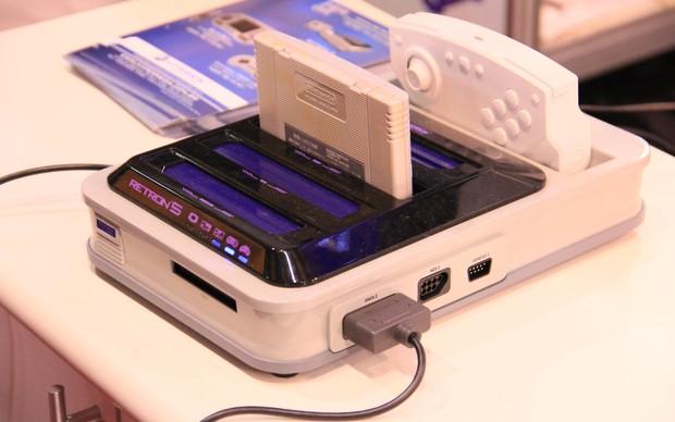 Retron5 rodará jogos de sete plataformas antigas, como NES, SNES, Mega Drive, Gameboy e mais (Foto: Renato Bazan / TechTudo)