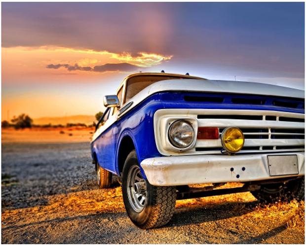 Carro original de cor azul