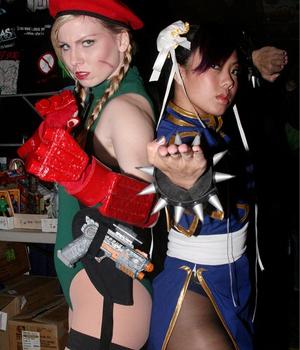 Cammy e Chun-li (Foto: Divulgação)