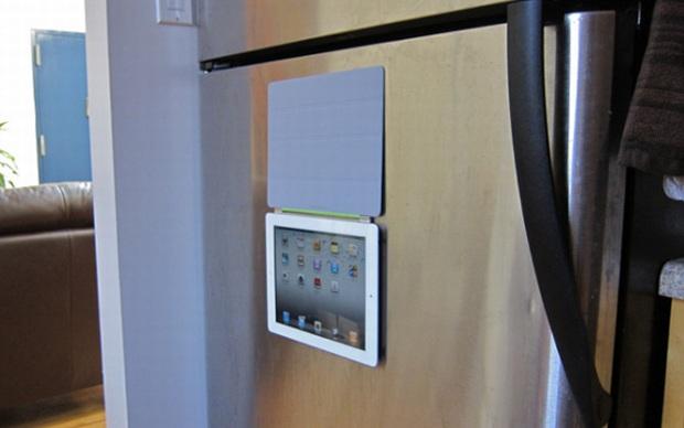 iPad no refrigerador (Foto: Reprodução/Gizmodo)