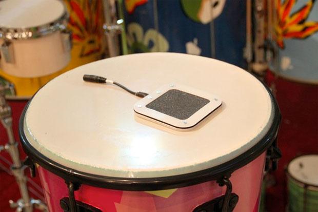 Sensor usado na roupa percussiva (Foto: Reprodução)