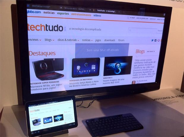 Testamos o Motorola Xoom (Foto: Juarez Lencioni Maccarini/TechTudo)