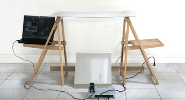Mesa sensível ao toque criada por Sandler (Foto: Reprodução)