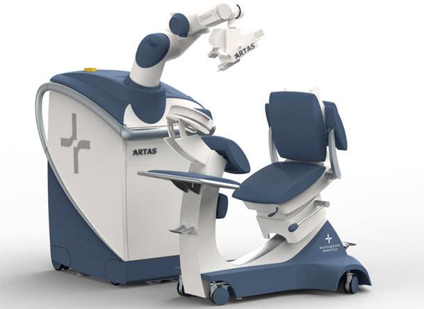 Máquina que promete fazer implantes de cabelo mais eficientes (Foto: Divulgação)
