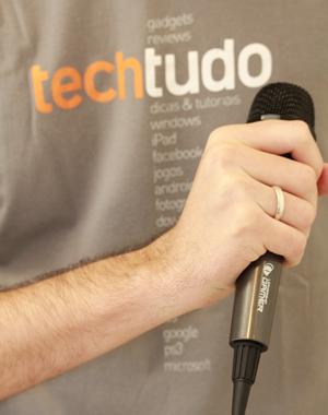 Microfone da Bateria Rock Band (Foto: Allan Melo)
