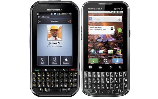 Motorola XPRT e Titanium (Foto: Divulgação)