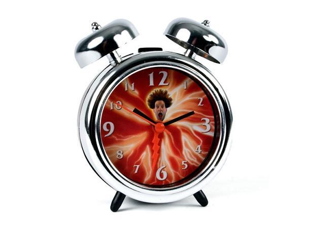 Despertador chocante - literalmente (Foto: Reprodução)