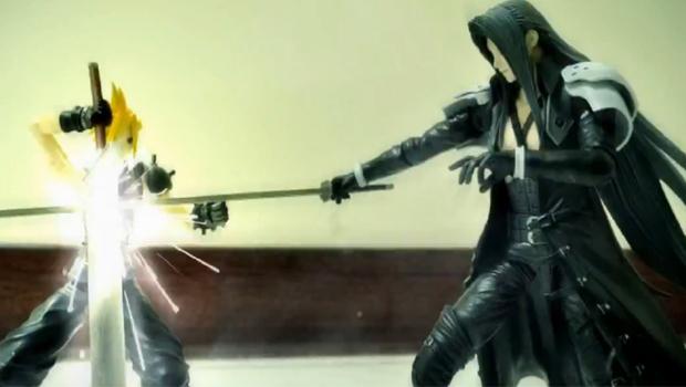 Bonecos de Cloud e Sephiroth resolvem pendências de Final Fantasy VII  (Foto: Divulgação)