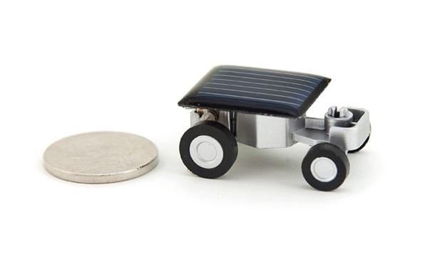 Menor carro solar do mundo. (Foto: Divulgação)